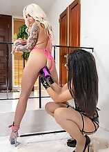 Nadia Love - Breaking In The Bimbo!