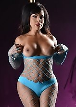 Tempting pole seductress Foxxy
