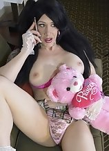 Kimber Haven in Pink will Fuck You like a Champ and will Let You Drink every single drop of Her Cum